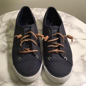 Sperry Top-Sider slip on sneaker size 9 EUC